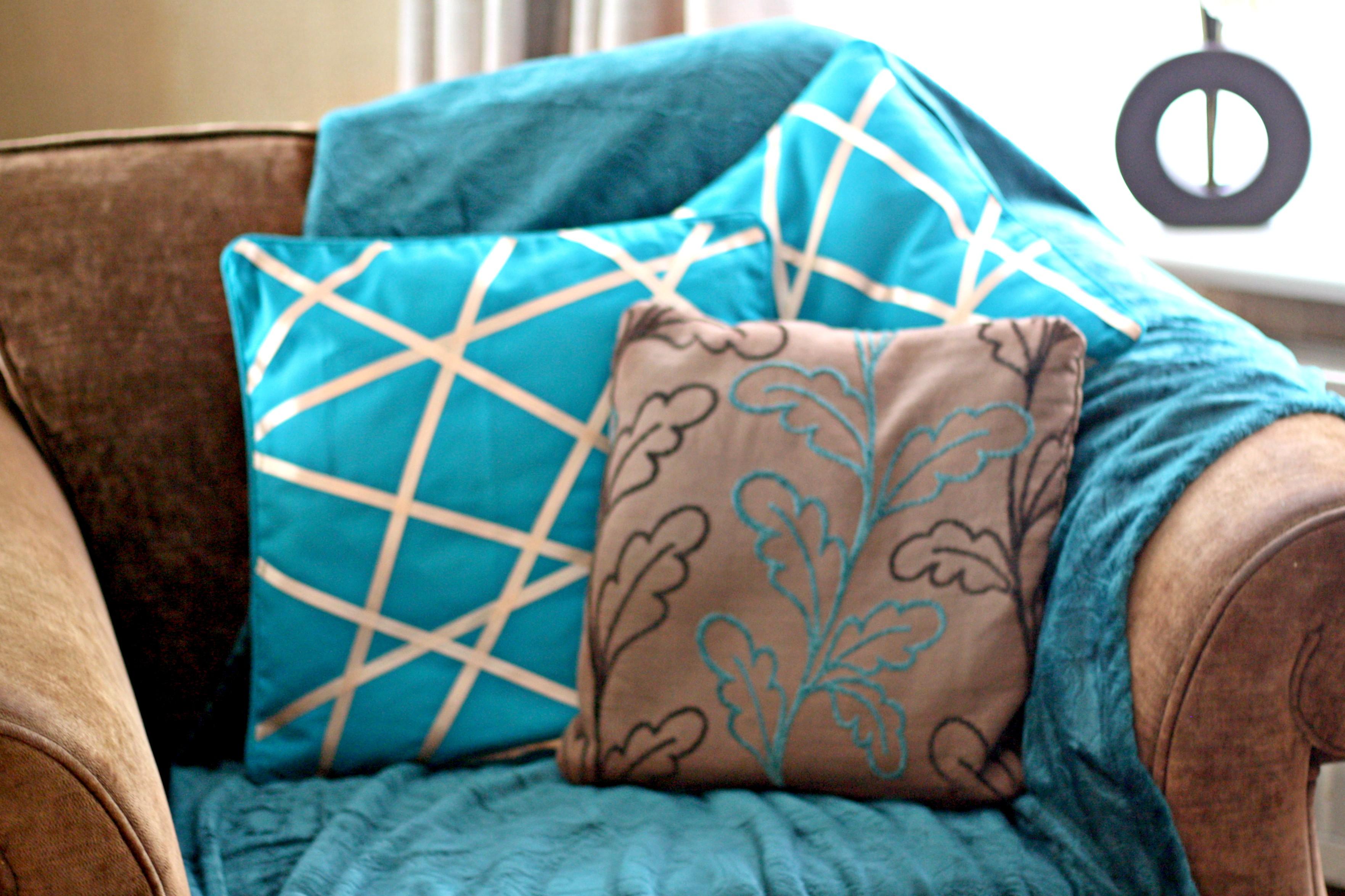 geometric cushion covers