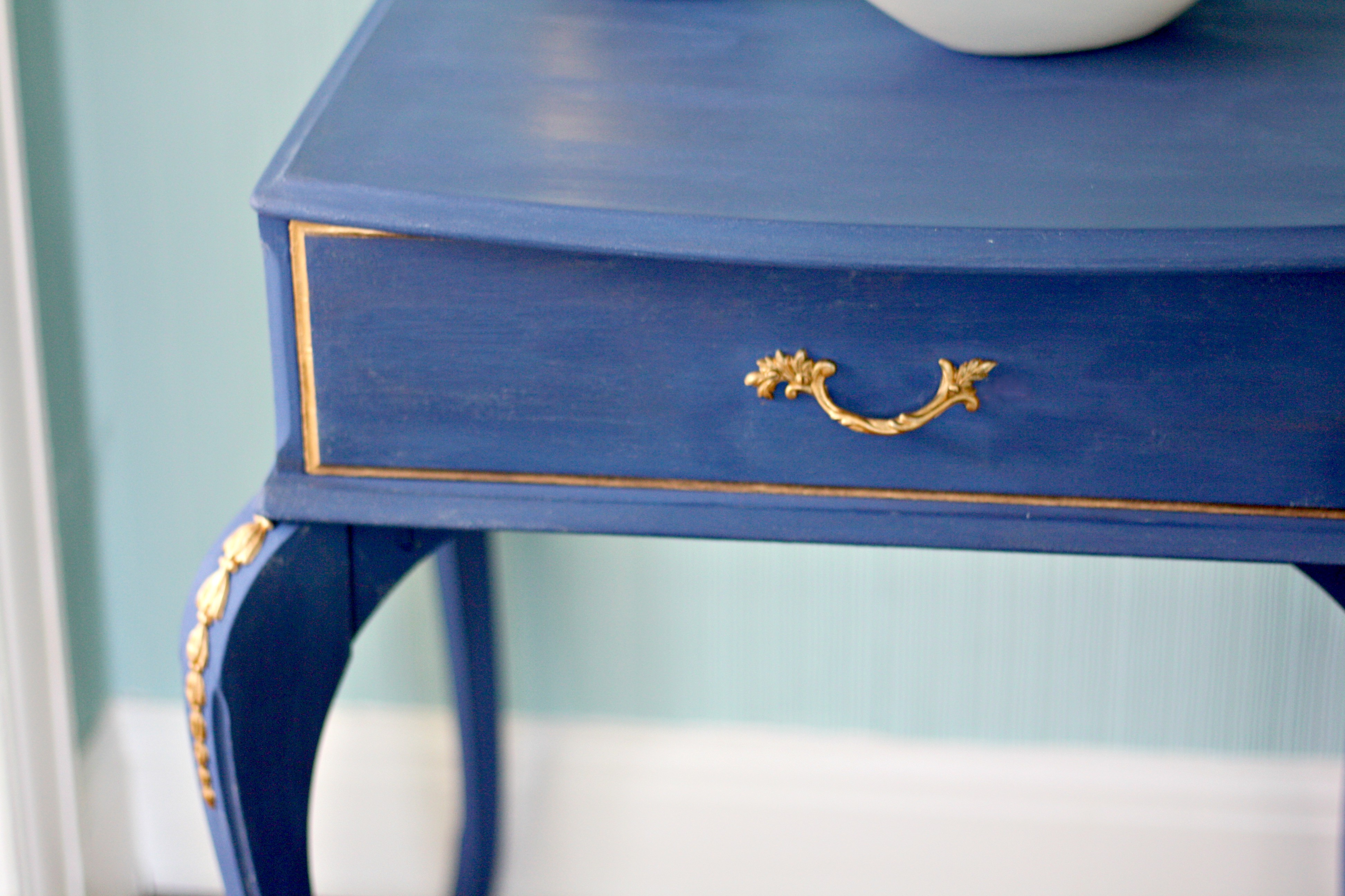 navy and gold end table upcycle